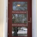 Tür der kirchlichen Psychotherapeutischen Beratunsstelle